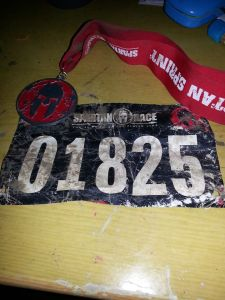 Medal and bib.